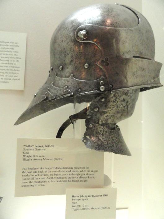 Sallet_helmet,_Southern_Germany,_1480-1490_-_Higgins_Armory_Museum_-_DSC05461.JPG
