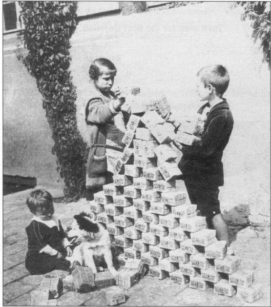 weimar currency.jpg
