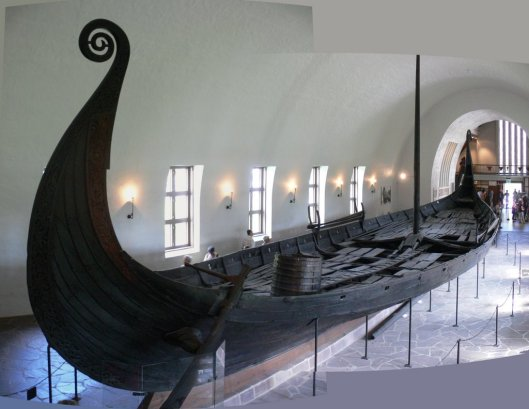 Oseberg-Viking-ship.jpg