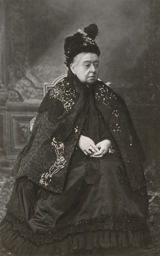 Queen-Victoria-Her-Latest-Portrait-1900_tr_4643_566.jpg