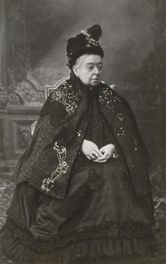 Queen-Victoria-Her-Latest-Portrait-1900_tr_4643_566.jpg