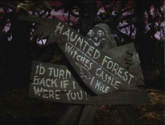 HauntedForest_sign.jpg