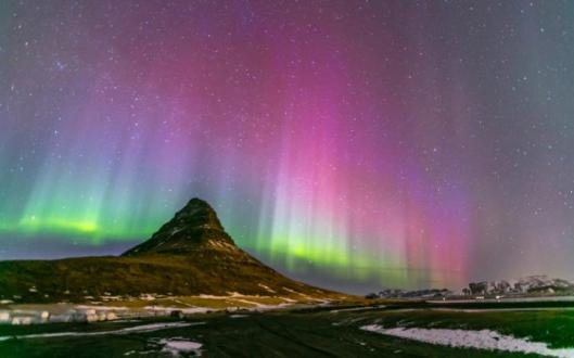 northern-lights-large.jpg