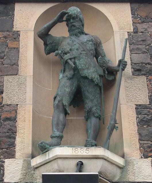 Alexander_Selkirk_Statue.jpg