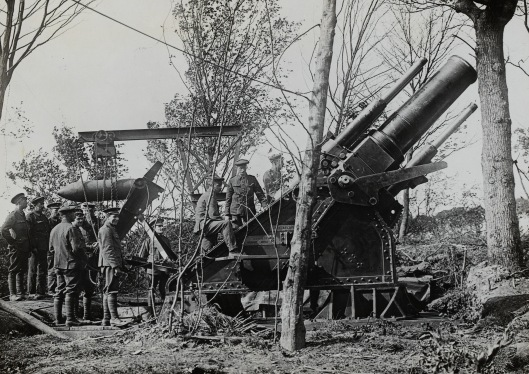 Loading a 15-inch howitzer on the Somme, 7 August 1916.